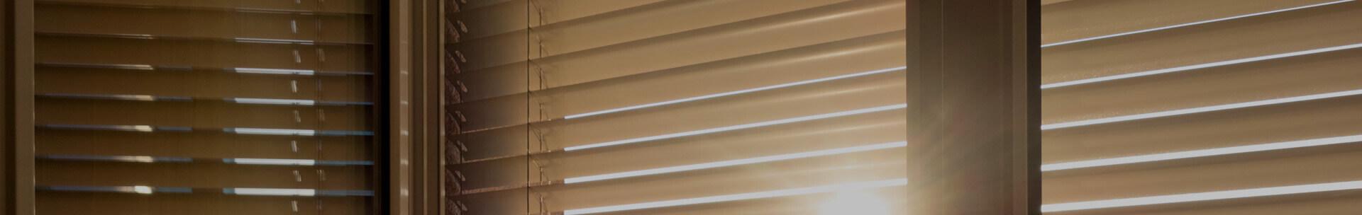 Berühmt Plissee waschen in 4 Schritten | anleitungen.com VZ17